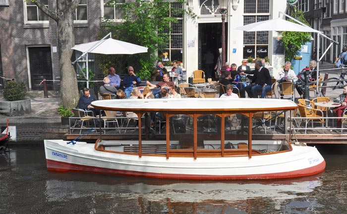 Salonboot Amsterdamse grachten